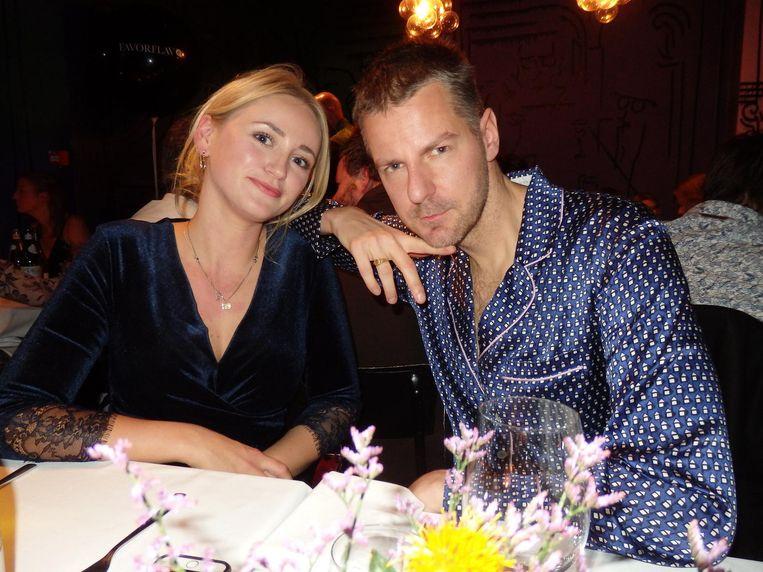 Manager Rosa Vermeij en instagrammer Freddy Tratlehner (22, Vjeze Fur). Zo heet hij toch niet echt? 'Nee, ik heet Alfred.' Beeld Schuim