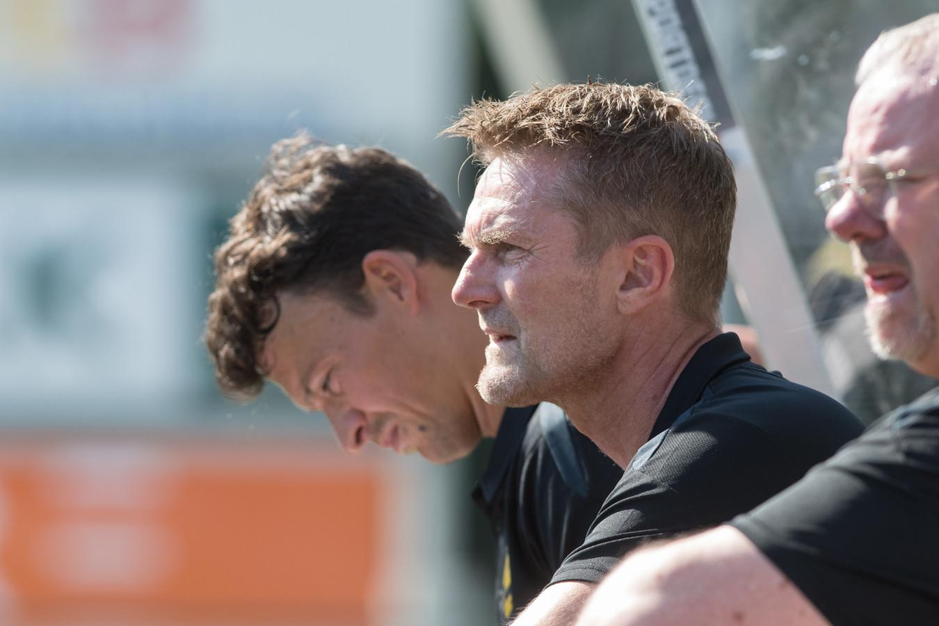 Trainer Peter Wesselink van DVS'33.
