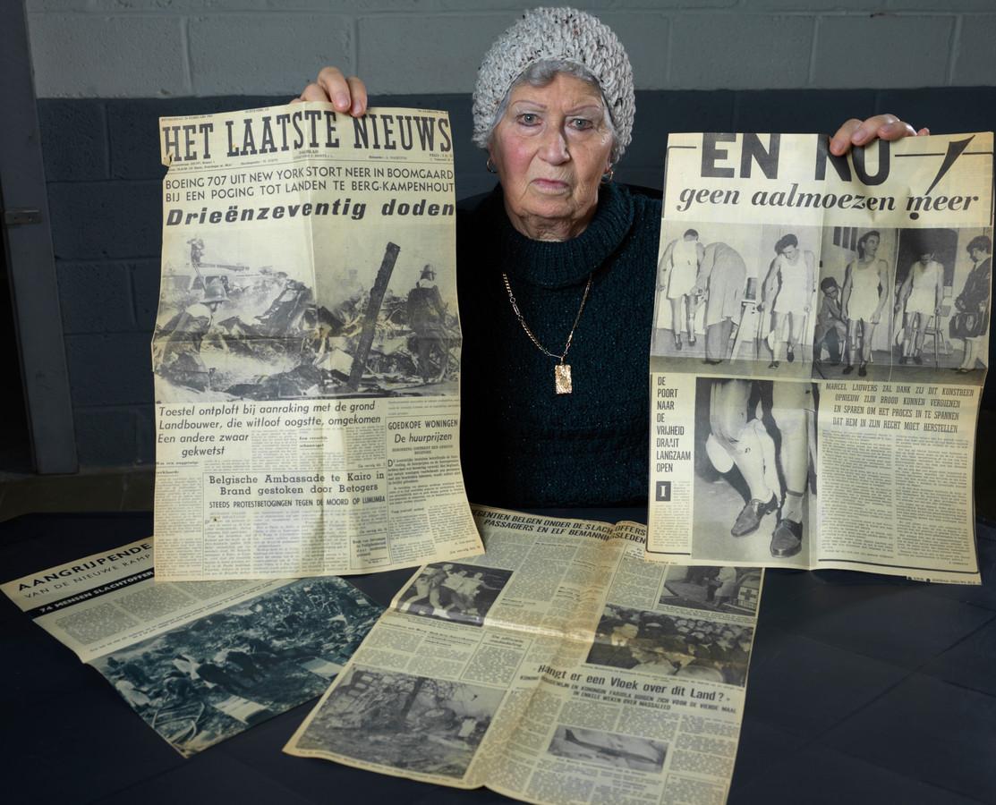 Juliette Pelgrims is de vrouw van Marcel Lauwers, de enige overlevende van de crash. Ze is vandaag 82, en hield alle krantenartikels die over de ramp verschenen bij.