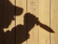 Middelburger bedreigt duo met mes, politie houdt hem aan