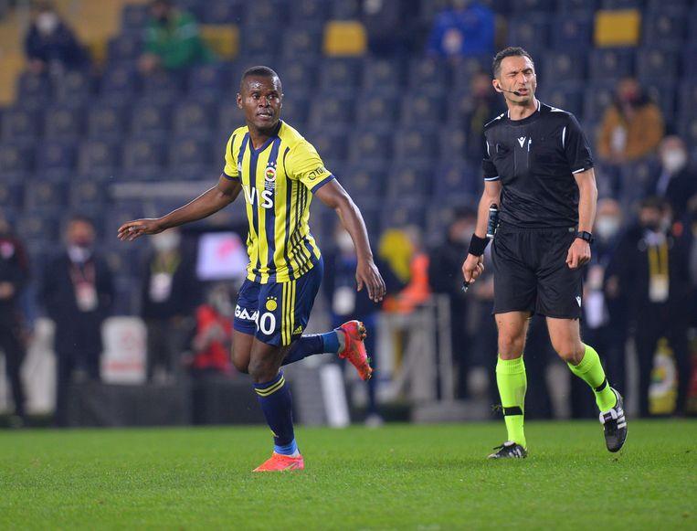 Mbwana Samatta komt over van Fenerbahçe. Beeld BELGAIMAGE