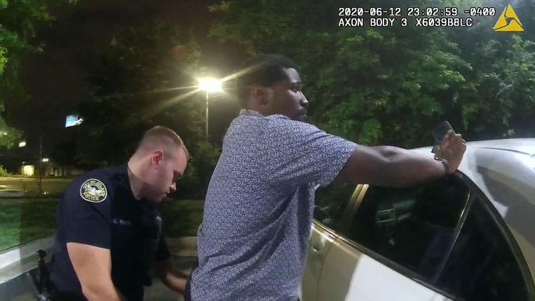 De arrestatie van Rayshard Brooks  Beeld via REUTERS