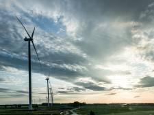 Vier tot zes windturbines in Rosmalense polder aan grens met Oss, 'er is nóg meer aan zonnepanelen mogelijk'