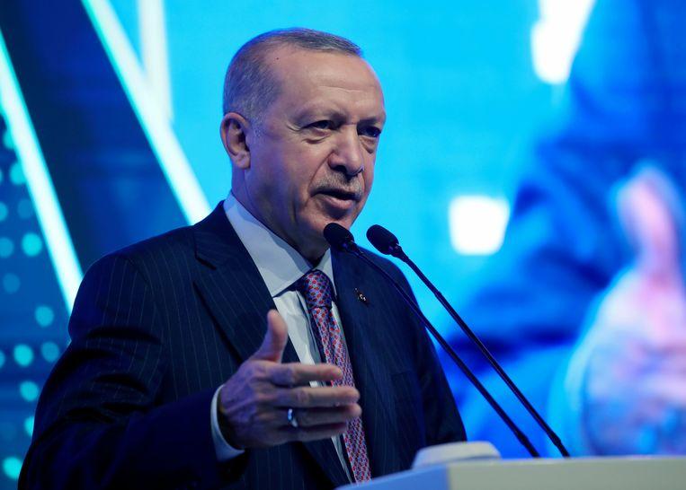 Erdogan heeft vaak de indruk gewekt te vinden dat de gouverneur van de centrale bank moet doen wat de president zegt. Beeld AP