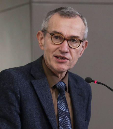 """""""Pas sûr que les vaccins soient efficaces contre le variant"""" sud-africain"""