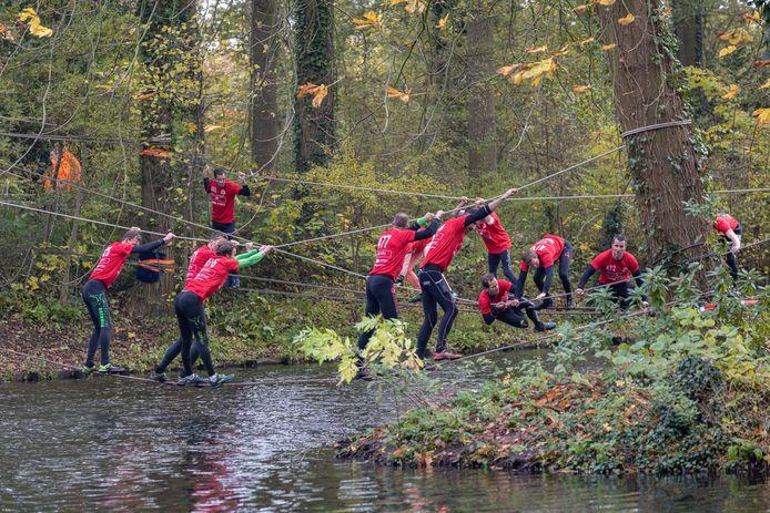 Dit jaar niet rennen, kruipen, klimmen en klauteren tijdens de survivalrun Veno in the Wetlands.