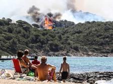 Massa-evacuaties in Zuid-Frankrijk door bosbranden