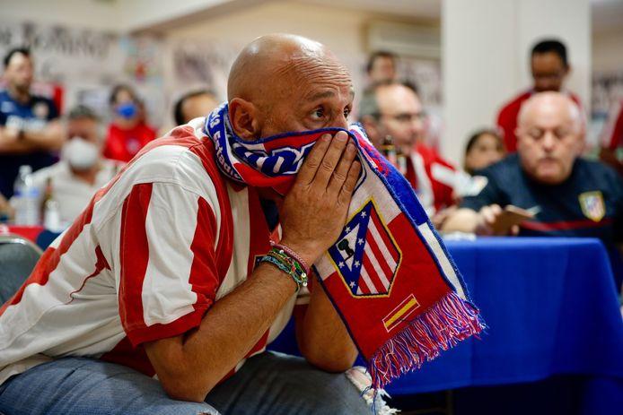 Supporter de l'Atlético suivant le match, depuis Mexico