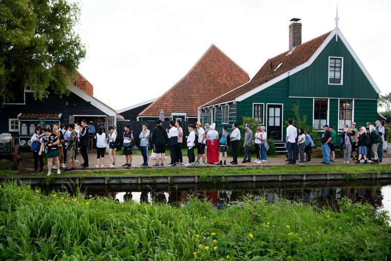 Al vele jaren weten meer dan een twee miljoen toeristen de Zaanse Schans te vinden. Beeld Olaf Kraak