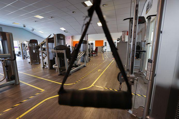 Sport en fitnesscentrum Van Dijk aan de Dieselstraat in Kampen is nu dicht vanwege corona, maar sluit per 1 juni definitief de deuren. Het is financieel niet meer te bolwerken.