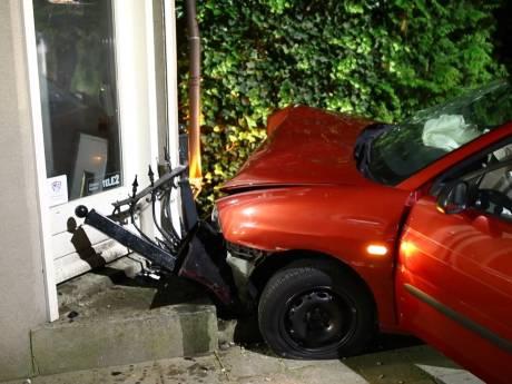 'Wat bizar, een pistool in óns huis!' Buurt geschokt door autocrash met gewapende tieners in Heerde