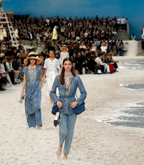 Karl Lagerfeld: koning van het (mode-)decor