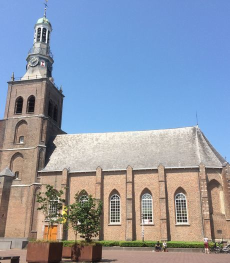 Ook na verkoop blijft Van Goghkerk gemeente Etten-Leur geld kosten