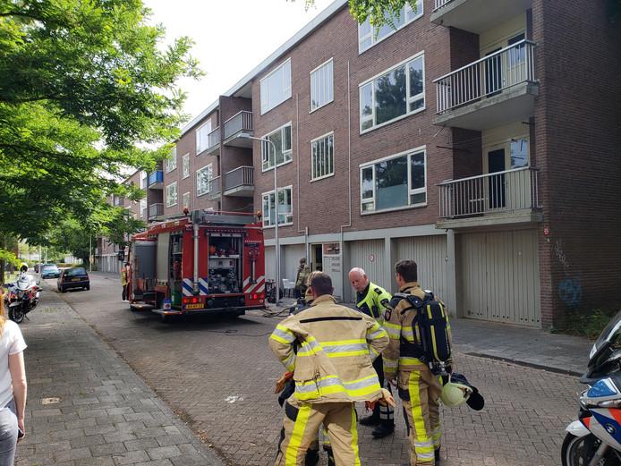 Een brand aan de Regelandisstraat in Zwolle was zondagmiddag snel geblust.