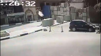 Bomexplosie aan Amerikaanse ambassade in Caïro, man opgepakt