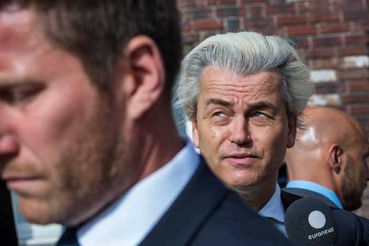 Geert Wilders (midden).