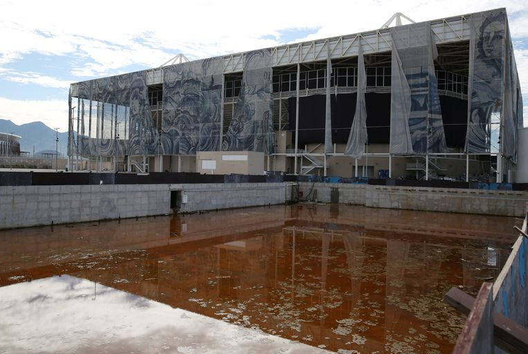 Het olympisch zwembad in Rio de Janeiro. Beeld REUTERS