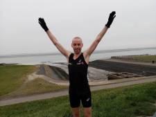 Nationaal kampioen Jeroen Kramer schudt het Goruna-circuit in Hoofdplaat op
