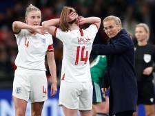 Gouden wissels leiden Wiegman en Engeland naar eerste zege op Wembley