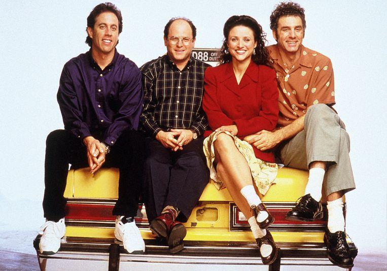 De cast van 'Seinfeld', met hoofdrolspeler Jerry Seinfeld (l.) als zichzelf.    Beeld kos