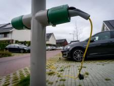 'Laad in Gorinchem elektrische auto's voortaan op aan een lantaarnpaal, zoals ze in Arnhem doen'