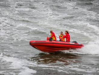 Oostendse strandredder test positief op corona, stad neemt extra maatregelen