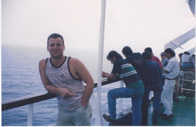 Ontmoeting met Agron op de ferry Palladio.  Beeld Douglas De Coninck