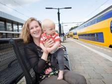 Moeder Ilona: NS laat vrouwen kolven op het toilet, dat is toch onvoorstelbaar