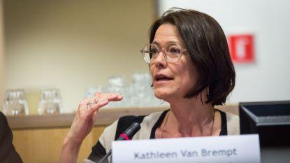 """""""N-VA en Vlaams Belang maken misbruik van de coronapandemie om bevolking op te jutten tegen de EU"""""""