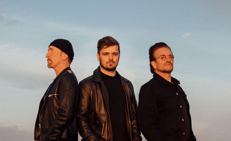 The Edge, Martin Garrix en Bono maakten het Euro2021-lied We Are the People. Beeld Sony Music