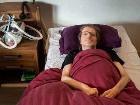 Zwaar zieke Marcel krijgt geen boosterprik: 'Ik voel me in de steek gelaten'