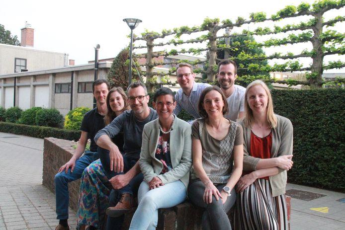 Van links naar rechts: Stijn Boussemaere, Lieselot Verduyn, Steven Dekyvere, Marleen Deruytere, Michiel Dejaegher, Katrien Minne en Veronique Bonduelle
