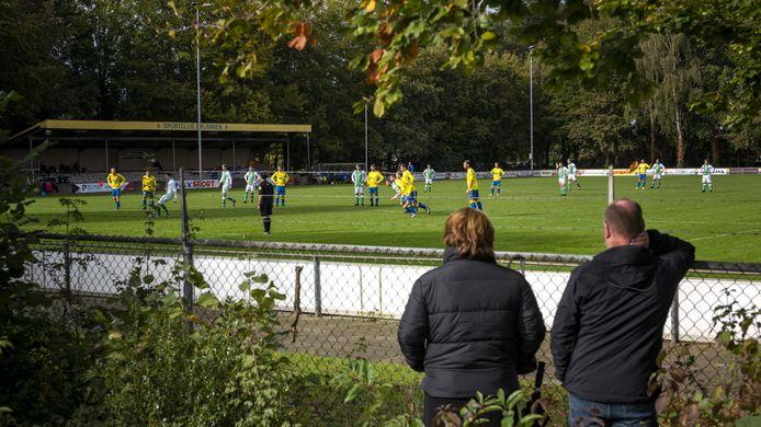 Bij Brummen moeten de supporters voortaan een dag eerder komen kijken, nu het eerste op de zaterdag gaat spelen.
