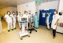 Dr. De Waele en een deel van haar team op de Covid-afdeling