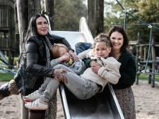 Melissa en Marianne richten MoMs op voor jonge moeders: 'Was dit er maar geweest toen ik moeder werd'