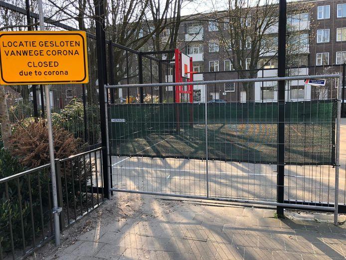 Sportveldjes in de stad zijn afgesloten.