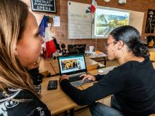Digitale escaperoom stuurt leerlingen toch op reis: 'Heel gedoe om in het Louvre te komen'