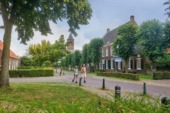 Hartje Reek met op de voorgrond het oorspronkelijke woonhuis van de familie Smits, bekend van de beroemde kerkorgels.