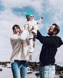 Astrid en Bram Coppens met hun dochter Billy-Ray