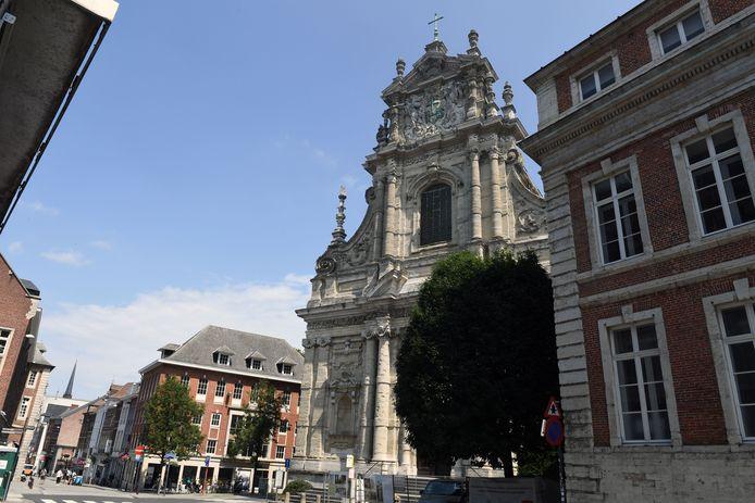 Dringende restauratie torens Sint-Michielskerk in Leuven is klaar.