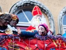 Vol plein in Wijhe bij intocht Sinterklaas