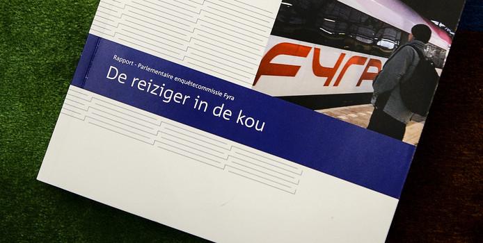 Het rapport 'De reiziger in de kou' van de parlementaire enquêtecommissie Fyra.
