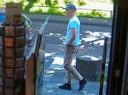 De 26-jarige 'kettingrukker', Jimmy de G, wordt ervan verdacht tientallen vrouwen met grof geweld van hun halsketting te hebben beroofd.