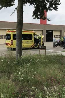 Ambulance en auto botsen tegen elkaar in Ede