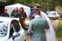 Bij Het Wapen van Zoetermeer worden, net als op bovenstaand beeld, drive-in bruiloften gehouden.