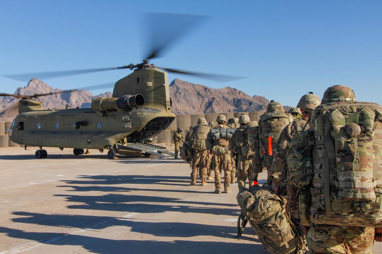 Amerikaanse soldaten op missie naar Afghanistan. Beeld REUTERS
