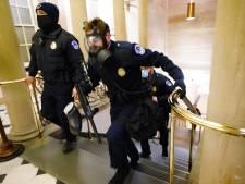 Un policier succombe à ses blessures après les affrontements du Capitole