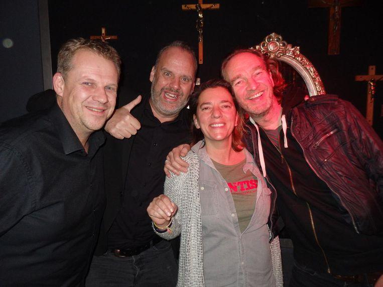Paul Jeurissen, Hans Schmeinck, Corinne Vigneron en Tijn Paquay, maat uit Antwerpen: 'Voor mij is Jan Amsterdam. Zo staat hij ook in mijn mobiel: Jan Amsterdam.' Beeld Schuim