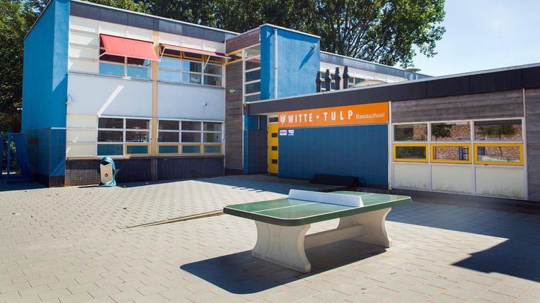 Basisschool de Witte Tulp in Amsterdam, een Gülenschool. Beeld null