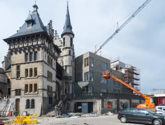 """""""Geboorteplek van Antwerpen is verminkt"""": oud-burgemeester niet te spreken over nieuwe 'blokkendoos' aan Het Steen"""